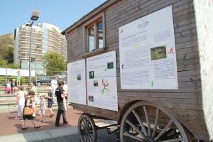 Pour la première fois, les panneaux décrivant l'association,  son implantation dans le territoire ainsi que son programme culturel, ont été présentés à la population.