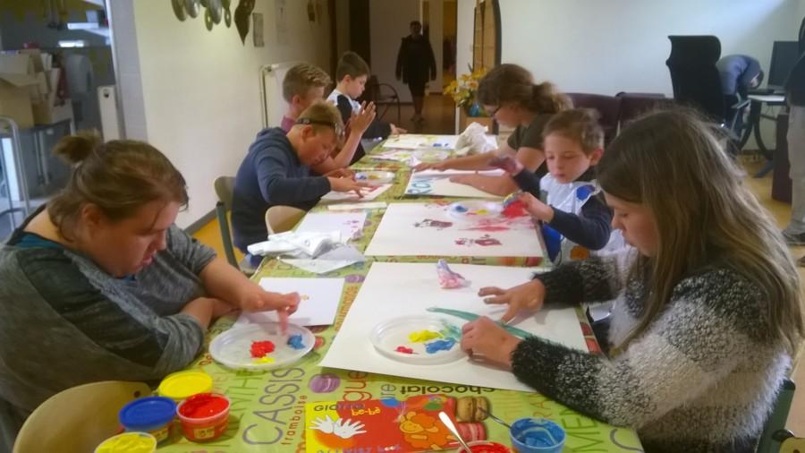 La maison de la musique les mains dans la couleur les - Maison des enfants de la cote d opale ...