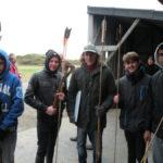Les Maisons participent au Championnat européen de tir préhistorique (épisode 2)