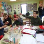 Images de la deuxième séance de l'atelier physique / chimie du Centre de Jour