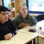 Images de la première séance d'ateliers physique-chimie au Centre de Jour