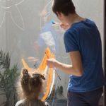 La vie de foyer !! Comment ça se passe depuis le confinement ? :  Peinture sur les carreaux et poissons en papier  (épisode 59)