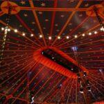 Soirée en rouge et blanc à la Maison du Cirque